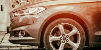 Tips-To-Get-Preparation-to-Avoid-Issue-of-Flat-Tire-on-readcampus